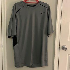 Mens Nike Dri-Fit Shirt XL Grey and Black